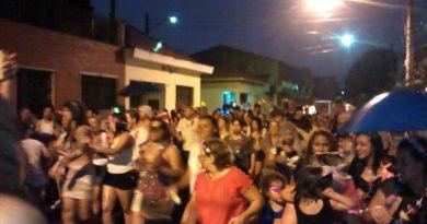 Desfile em nossa comunidade